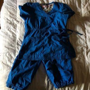 KOI Royal Blue Small Tall Scrub Set